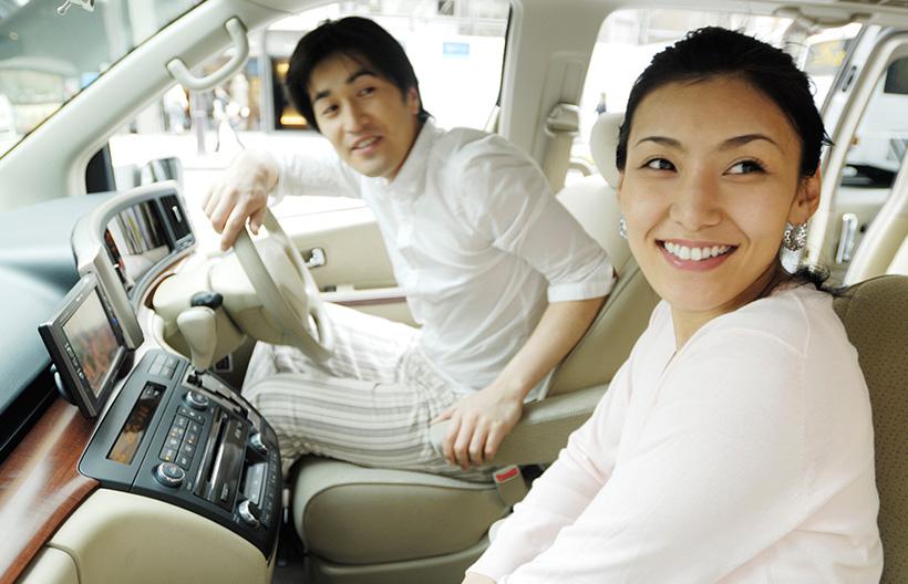 自動車保険の「自賠責保険」(強制保険)と「任意保険」はどう違うのですか?